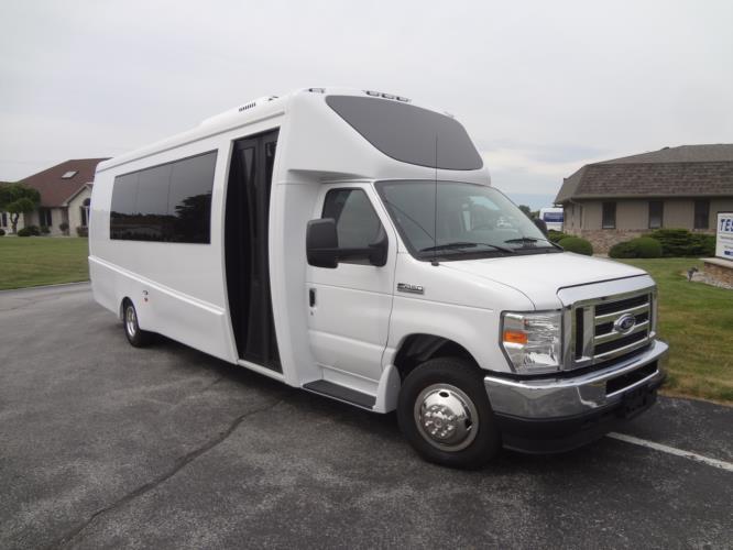 2023 Berkshire Coach Ultra 28 Ford 24 Passenger Shuttle Bus Passenger side exterior front angle-BERK2276-1