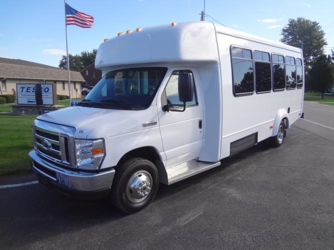 2021 Elkhart Coach ECII Ford 16 Passenger and 2 Wheelchair Shuttle Bus Driver side exterior front angle-EC10600-2