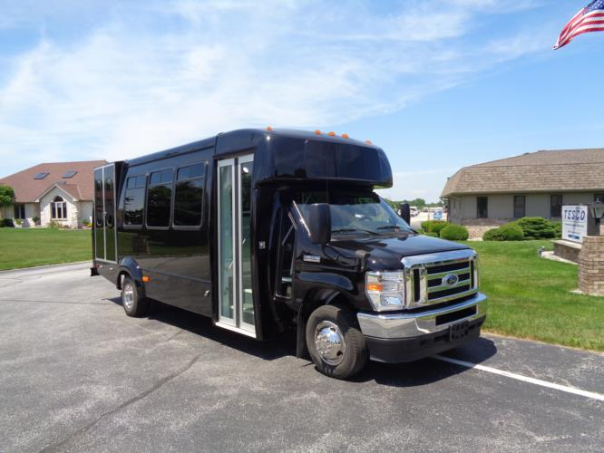 2021 Elkhart Coach ECII Ford 0 Passenger and 7 Wheelchair Shuttle Bus Passenger side exterior front angle-EC12460-1