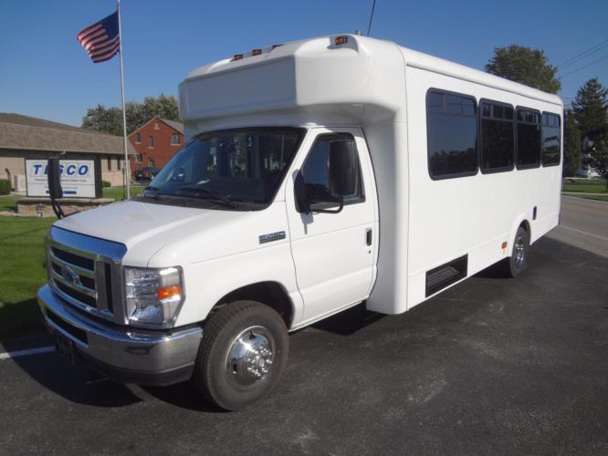 2018 Glaval Universal Ford 24 Passenger Shuttle Bus Driver side exterior front angle-GL20863-2