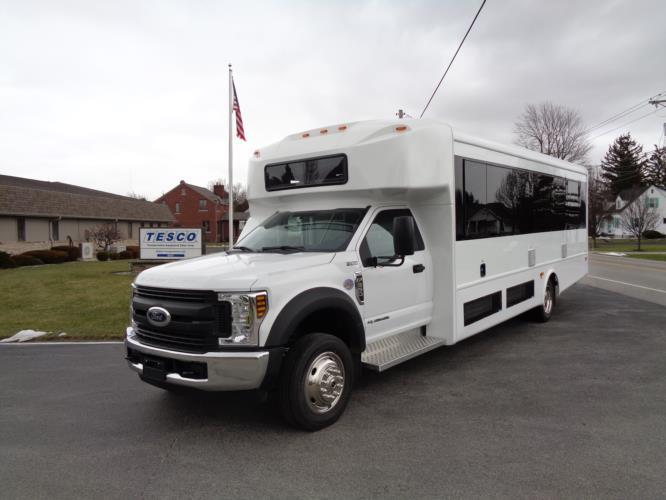 2020 Glaval Entourage Ford 29 Passenger Shuttle Bus Driver side exterior front angle-GL94184-2
