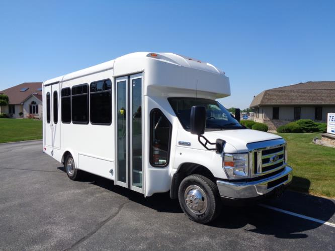 2020 Glaval Universal Ford 8 Passenger and 3 Wheelchair Shuttle Bus Passenger side exterior front angle-GL96377-1