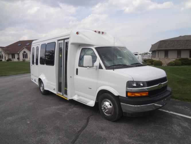 2020 Starcraft Quest Chevrolet 10 Passenger and 2 Wheelchair Shuttle Bus Passenger side exterior front angle-SQ101509-1