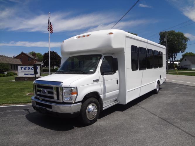2019 StarTrans Senator II MVP Ford 24 Passenger Shuttle Bus Driver side exterior front angle-ST91839-2