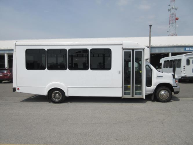 2016 Goshen Coach Ford 25 Passenger Shuttle Bus Driver side exterior front angle-08800-2
