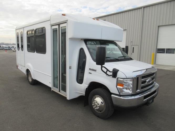 2016 Goshen Coach Ford 12 Passenger and 2 Wheelchair Shuttle Bus Passenger side exterior front angle-09169-1