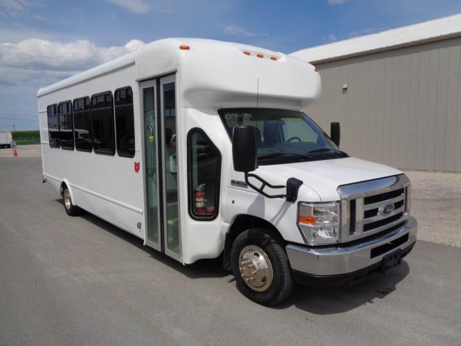 2017 StarTrans Ford E450 24 Passenger Shuttle Bus Passenger side exterior front angle-09527-1