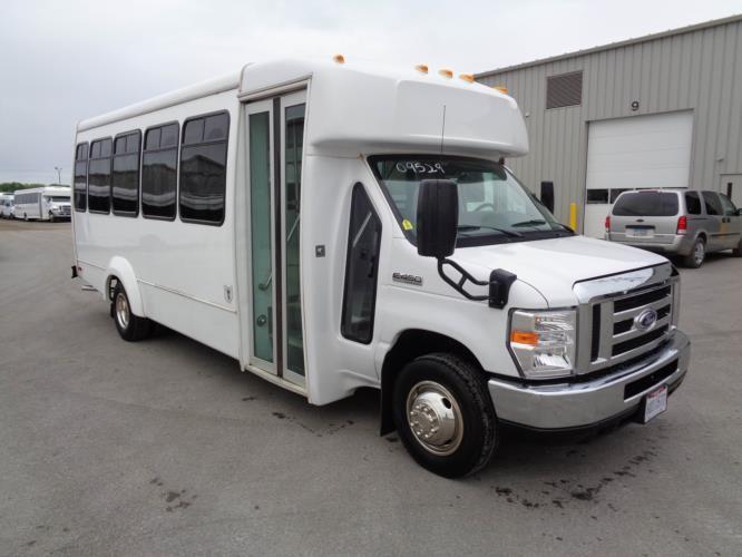 2019 Elkhart Coach Ford E450 25 Passenger Shuttle Bus Passenger side exterior front angle-09529-1
