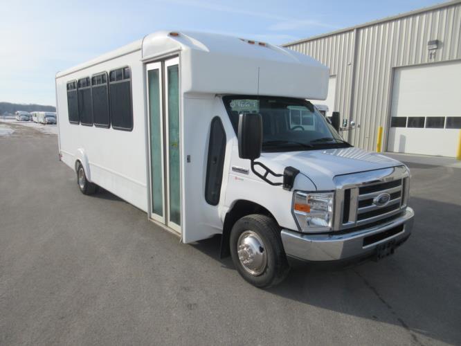 2016 Goshen Coach Ford E450 25 Passenger Shuttle Bus Passenger side exterior front angle-09669-1