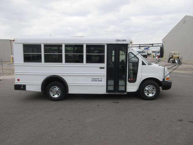 2008 Collins Chevrolet 14 Passenger Child Care Bus Driver side exterior front angle-09987-2