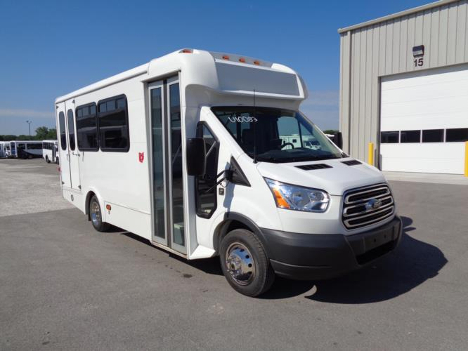 2018 Glaval Ford 3 Passenger and 4 Wheelchair Shuttle Bus Passenger side exterior front angle-U10083-1