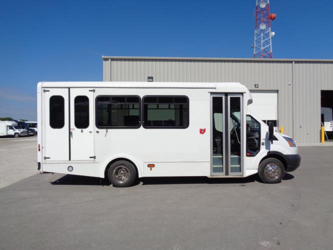 2018 Glaval Ford 3 Passenger and 4 Wheelchair Shuttle Bus Driver side exterior front angle-U10083-2