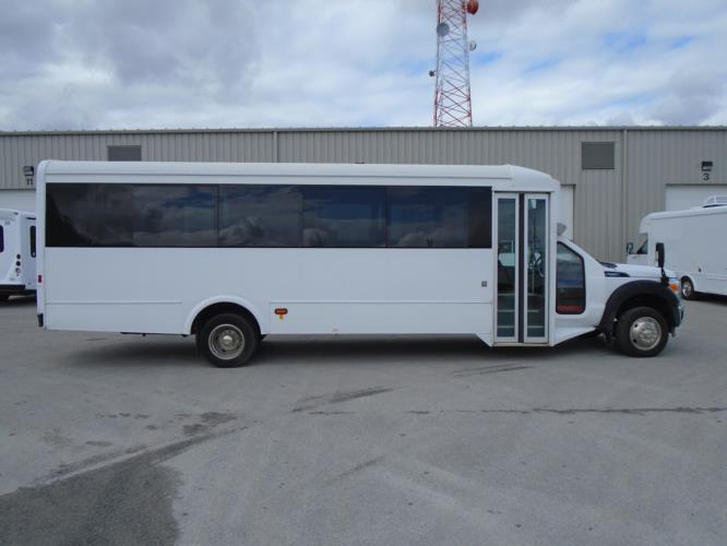 2016 Glaval Ford F550 29 Passenger Shuttle Bus Driver side exterior front angle-U10085-2