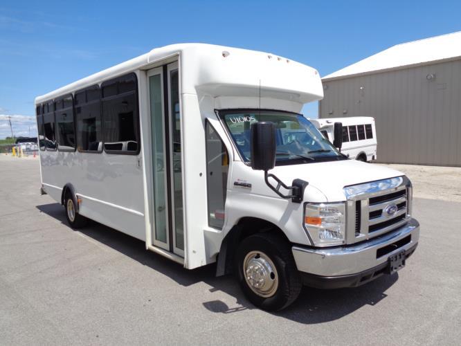 2017 World Trans Ford 25 Passenger Shuttle Bus Passenger side exterior front angle-U10105-1