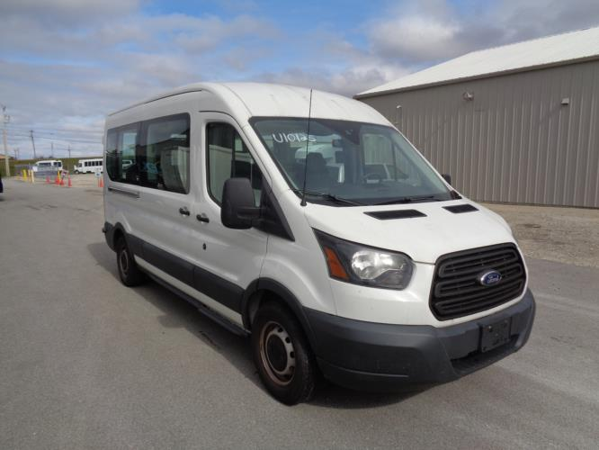 2016 Ford Ford 3 Passenger and 2 Wheelchair Van Passenger side exterior front angle-U10125-1