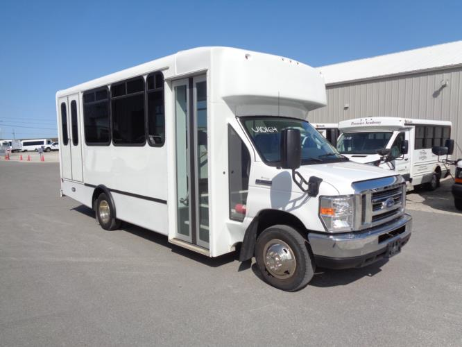 2017 World Trans Ford 8 Passenger and 4 Wheelchair Shuttle Bus Passenger side exterior front angle-U10164-1