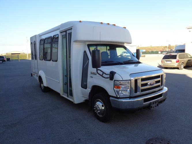 2016 Elkhart Coach Ford 12 Passenger and 2 Wheelchair Shuttle Bus Passenger side exterior front angle-U10232-1