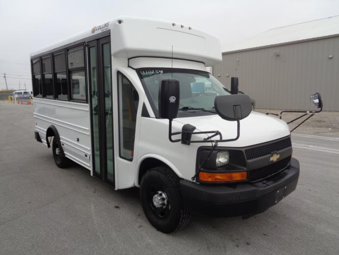 2016 Collins Chevrolet 14 Passenger Child Care Bus Passenger side exterior front angle-U10254-1