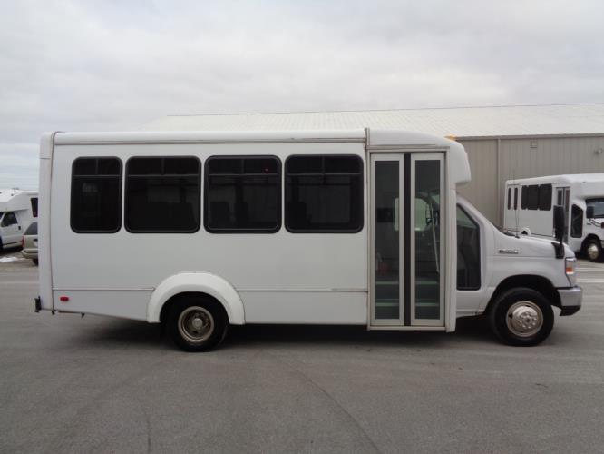 2019 Elkhart Coach Ford 14 Passenger Shuttle Bus Driver side exterior front angle-U10269-2