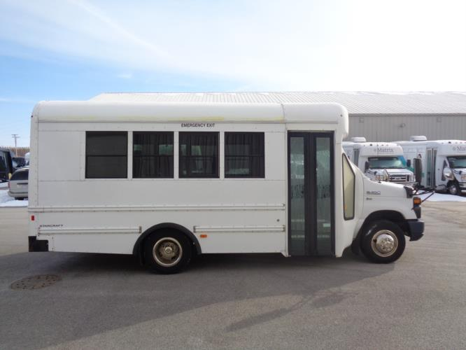 2013 Starcraft Ford 14 Passenger Shuttle Bus Driver side exterior front angle-U10312-2