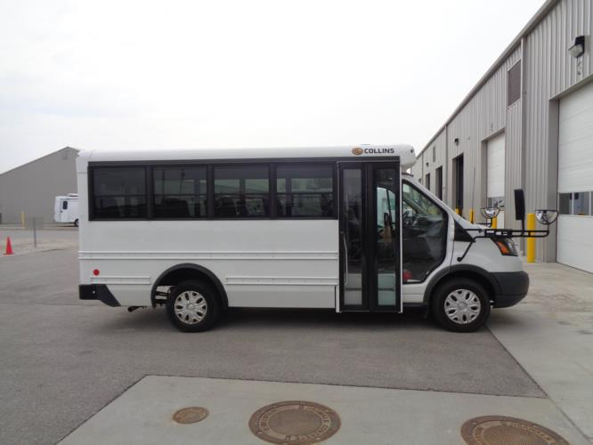 2016 Collins Ford 14 Passenger Child Care Bus Driver side exterior front angle-U10329-2