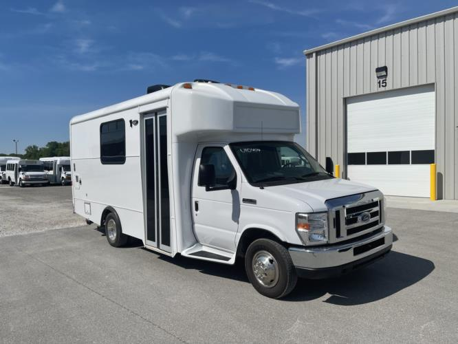 2017 Glaval Ford 1 Passenger Specialty Motor Vehicle Passenger side exterior front angle-U10404-1