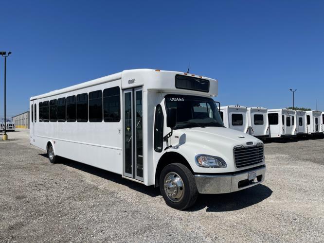 2019 StarTrans Freightliner 36 Passenger and 2 Wheelchair Transit Bus Passenger side exterior front angle-U10564-1