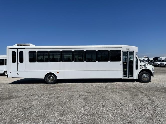 2019 StarTrans Freightliner 36 Passenger and 2 Wheelchair Transit Bus Driver side exterior front angle-U10564-2