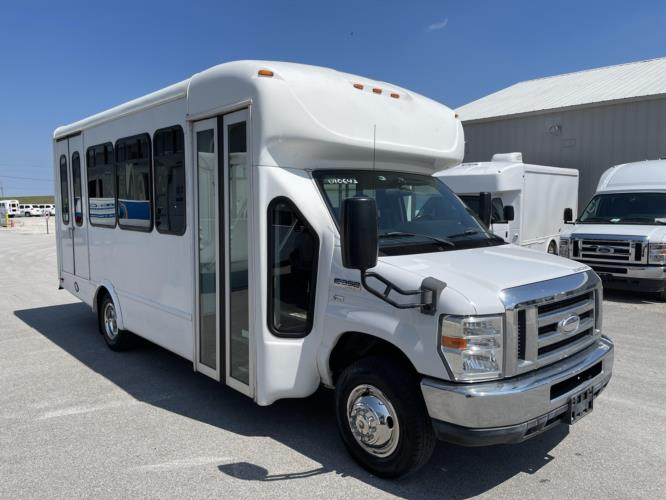 2014 Starcraft Ford 10 Passenger and 2 Wheelchair Shuttle Bus Passenger side exterior front angle-U10651-1