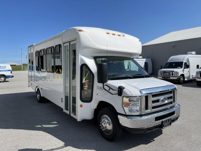 2016 Starcraft Ford 2 Passenger and 7 Wheelchair Shuttle Bus Passenger side exterior front angle-U10704-1
