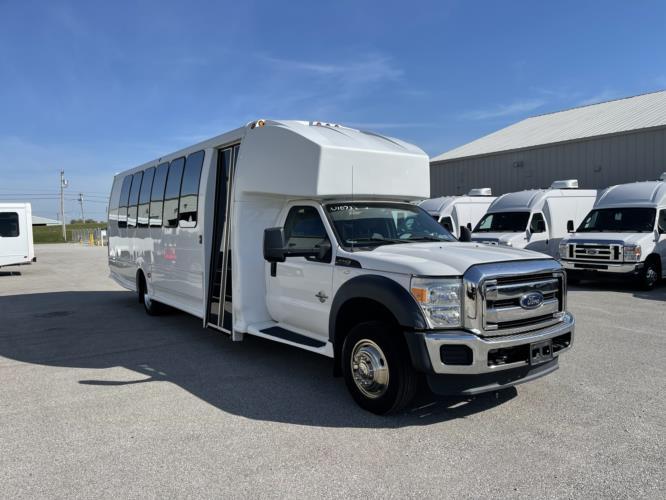 2014 Turtle Top Ford 30 Passenger Shuttle Bus Passenger side exterior front angle-U10732-1