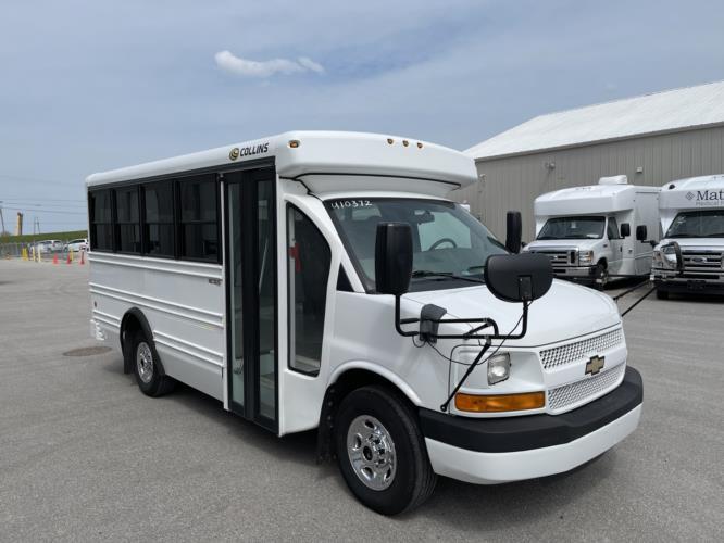 2013 Collins Chevrolet 14 Passenger Child Care Bus Passenger side exterior front angle-U10739-1